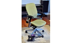 Cum curatam rotile scaunelor