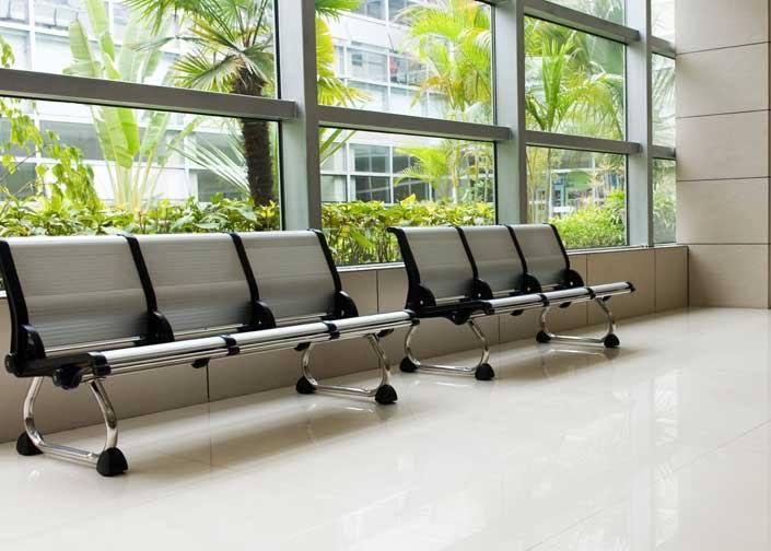 Dezinfectia-scaunelor-si-bancilor