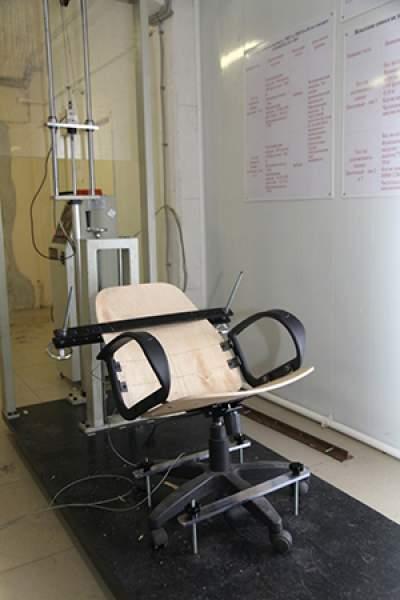 Fabrica-de-scaune-laborator-testare-spatar