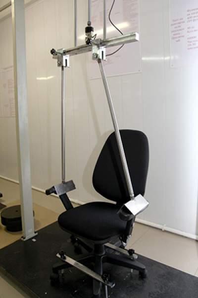 Fabrica-de-scaune-laborator-testare-brate-scaune
