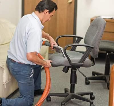 Reparatii-scaune-si-mobilier