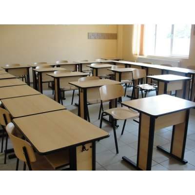 Scaune-scolare-sala-de-curs