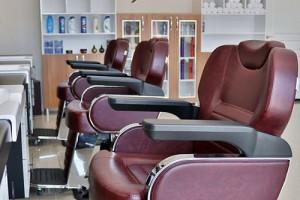 10 scaune profesionale de frizerie din oferta noastra