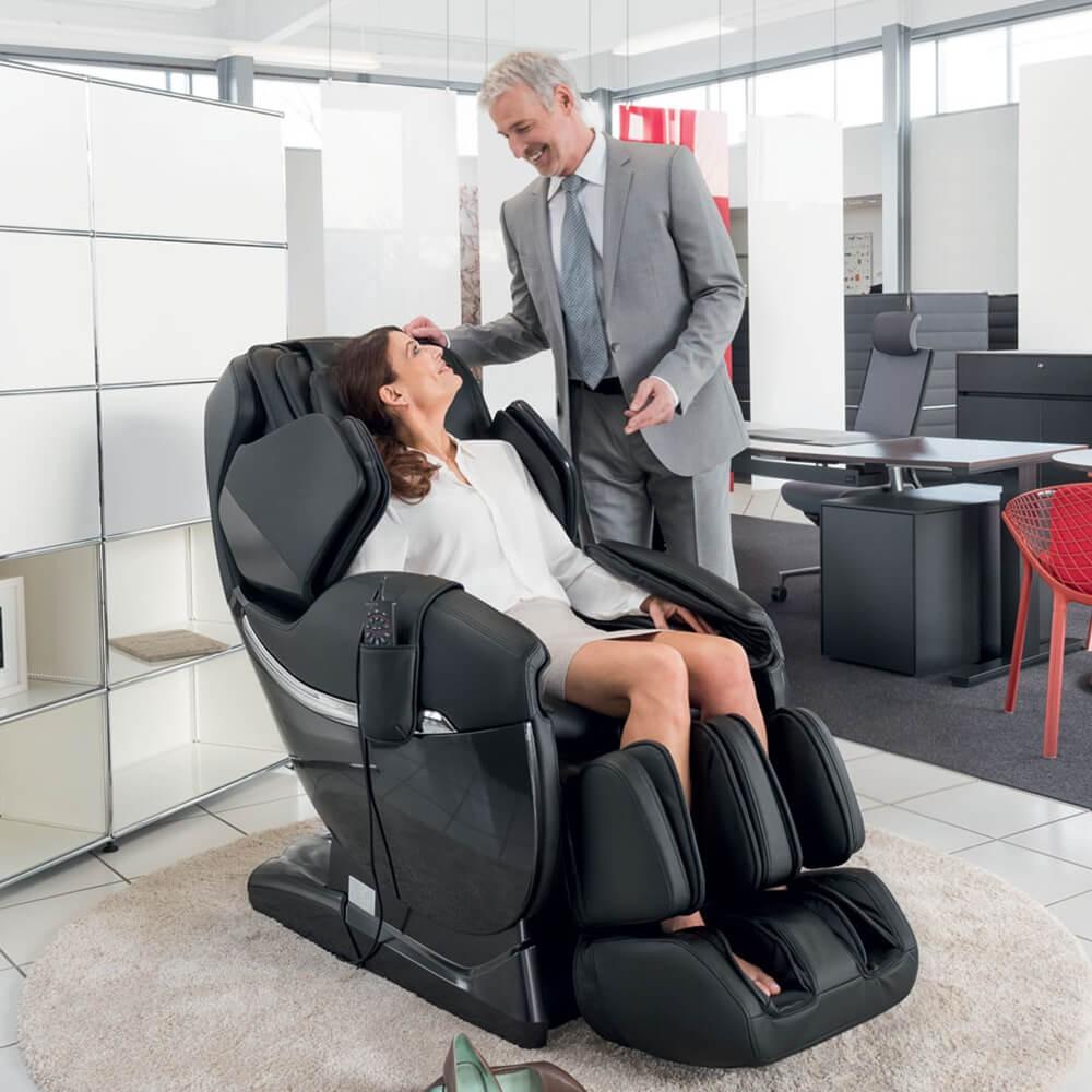masaj-la-locul-de-munca-angajati-salariati-relaxare-birou