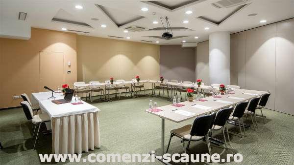 Scaune-pentru-sala-de-conferinta-si-evenimente-16-scaune