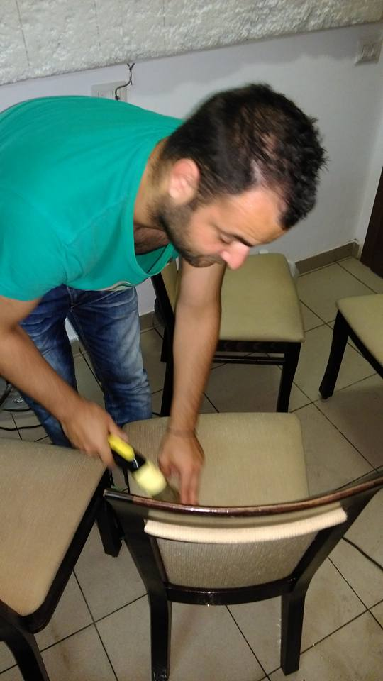 spalare-scaune-si-canapele-curatenie-mobilier-2