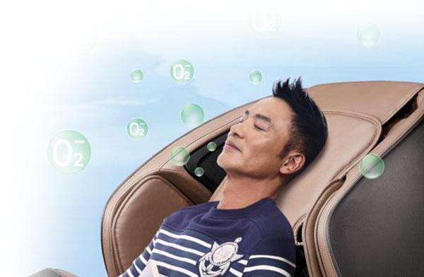 fotoliu-de-masaj-cu-joystick-3D-incalzire-la-spate-si-picioare-12